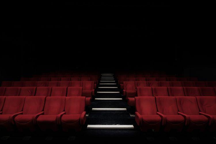 ILUSTRASI - Bioskop