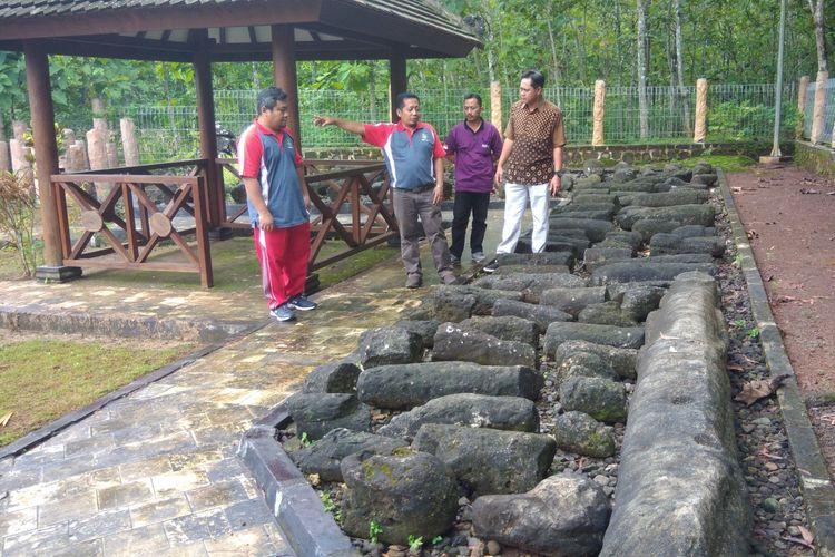 Menhir yang Ada di Situs Sokoliman, Desa Bejiharjo, Karangmojo, Gunungkidul, Yogyakarta