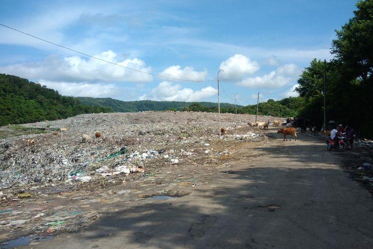 Tidak ada aktivitas Truk Pengangkut Sampah di TPST Piyungan, Bantul, Yogyakarta, akibat Tuntutan Warga Senin (25/3/2019)