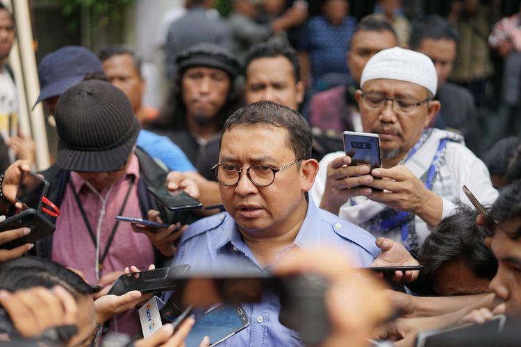 Anggota Dewan Pengarah Badan Pemenangan Nasional pasangan Prabowo Sunianto-Sandiaga Uno (BPN) Fadli Zon di kediaman pribadi Prabowo, Jalan Kertanegara, Jakarta Selatan, Rabu (22/5/2019).