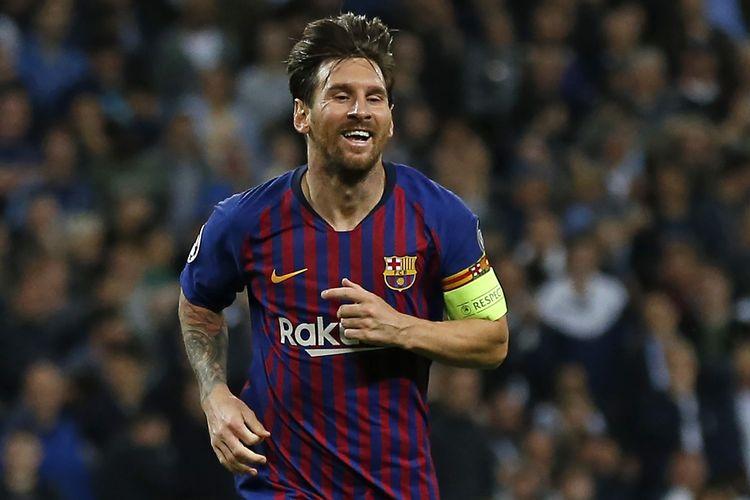 Ekspresi Lionel Messi dari Barcelona FC seusai menyumbang gol dalam laga melawan Tottenham Hotspur di Wembley Stadium, London, Inggris, Rabu (3/10/2018), sebagai bagian dari Liga Champion 2018.