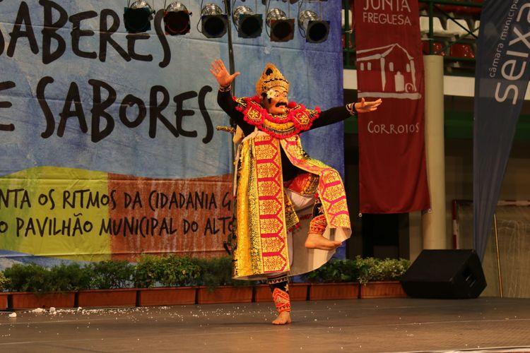 Pertunjukan tarian Topeng Keras dari Bali yang menceritakan tentang karakter ksatria, berani, dan keras.
