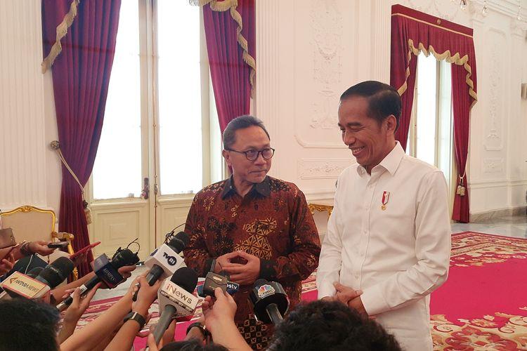 Ketua Umum Partai Amanat Nasional Zulkifli Hasan diterima Presiden Joko Widodo di Istana Merdeka, Jakarta, Senin (14/10/2019).