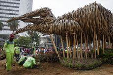 Anggota DPRD DKI Heran Instalasi Bambu di Bundaran HI Dibongkar