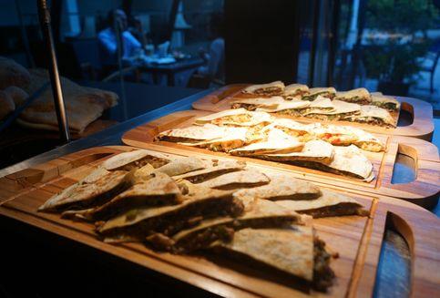 Pecinta Makanan Turki Bisa Pilih Berbuka Puasa di Hotel Ini