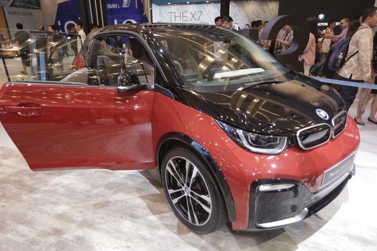 WOW!! Spesifikasi Mobil Listrik BMW i3s