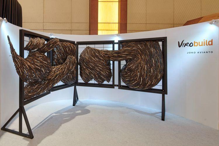 Salah satu instalasi yang dihasilkan pada kerja sama Viro dengan pematung Joko Avianto pada ajang CASA Indonesia 2019.
