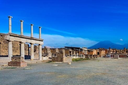 Ambil Ubin Mosaik Pompeii, Turis Inggris Ditahan Polisi Italia