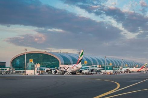 Pesawat Kecil Jatuh Dekat Bandara Dubai, 3 Warga Inggris Tewas