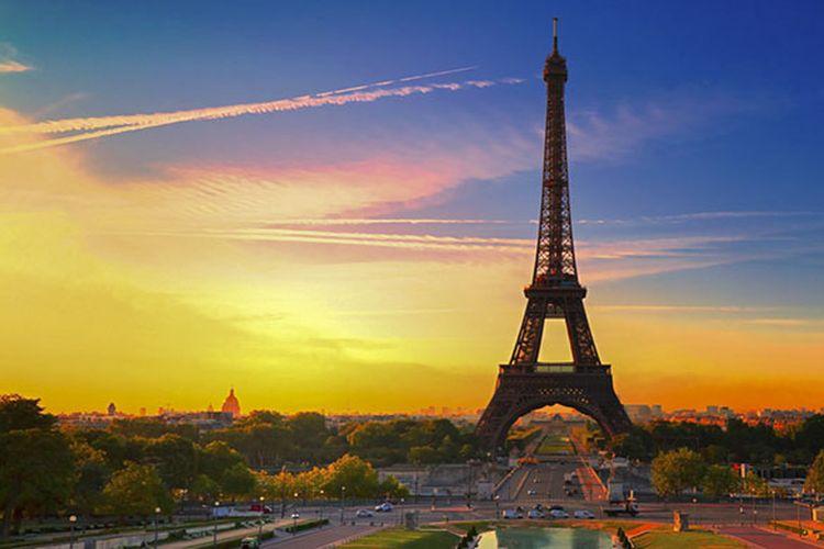 Menara Eiffel di Perancis