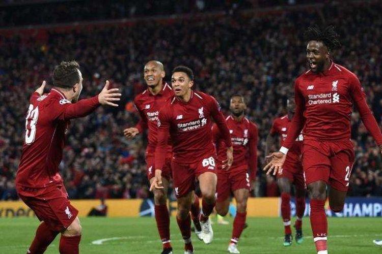 Para pemain Liverpool berselebrasi setelah berhasil membobol gawang Barcelona pada pertandingan leg kedua babak semifinal Liga Champions di Stadion Anfield, Rabu (8/5/2019) dini hari WIB