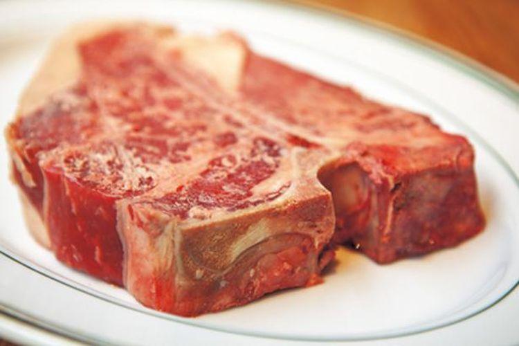 Hanya Daging Sapi Angus tingkat tertinggi yang digunakan oleh restoran.