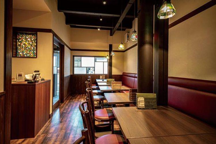 Desain interior meniru rumah dari era Showa awal.