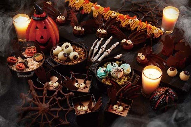 Jangan lewatkan sajian Devils Food Chocolate Cake yang mengesankan layaknya devil.