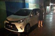 Banjir di Kota Bandung, Sopir Taski Online Terjebak di Mobil dan Diselamatkan Warga