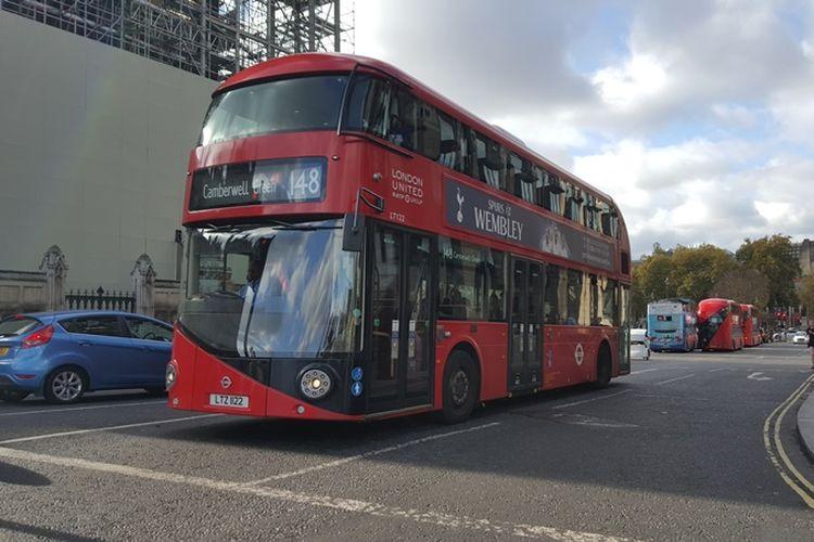 Suasana di kawasan Westminster, London, Inggris, tempat Elizabeth Tower dan Big Ben, ikon ternama di London, berada. Keduanya sedang menjalani renovasi mulai dari Agustus 2017 lalu dan dijadwalkan rampung pada tahun 2021.