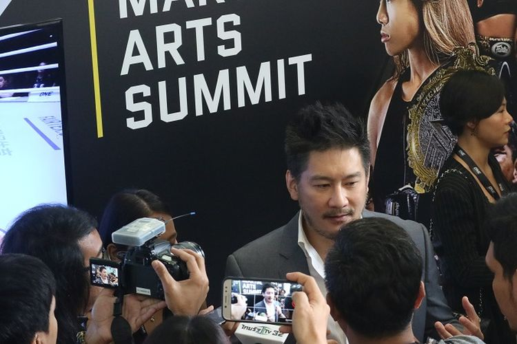 CEO ONE Championship Chatri Sityodtong di sela-sela acara Global Martial Arts Summit di Hotel JW Marriott, Singapura, Kamis (8/11/2018).