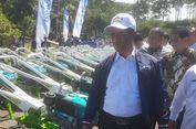 Kementan dan Pemkab Bandung Barat Salurkan 1000 Traktor