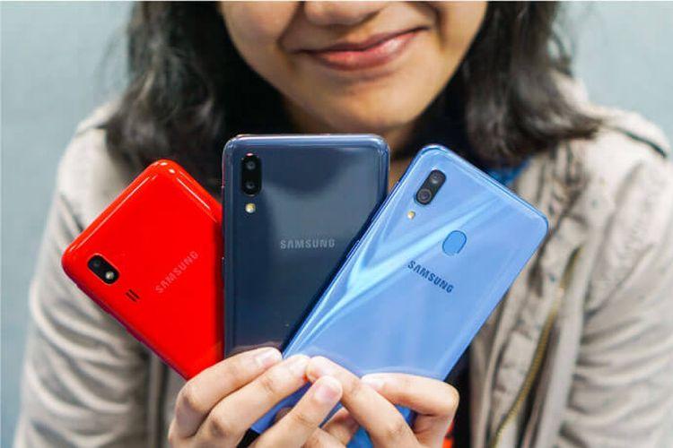 Deretan smartphone kelas menengah dari Samsung