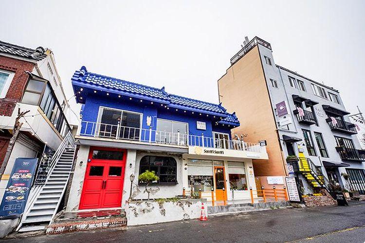 Jalan Haeridan-gil salah satu jalanan yang instagramable di Korea Selatan.