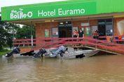 Meski Terendam Banjir, Bar di Australia Ini Tetap Beroperasi