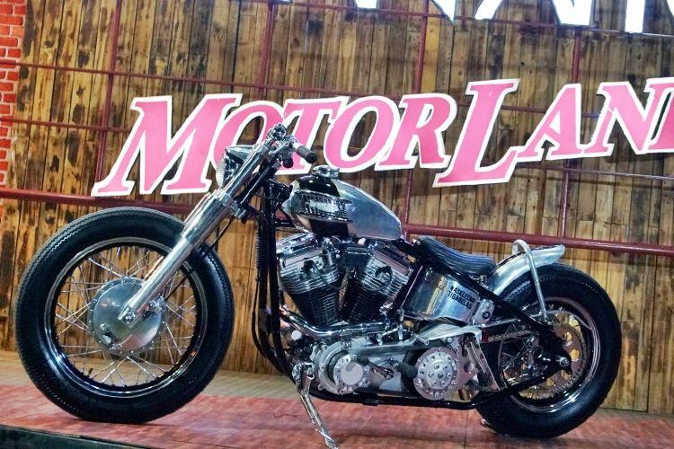 """Harley Softail, Motor """"Kustom"""" Terbaik di Bali"""