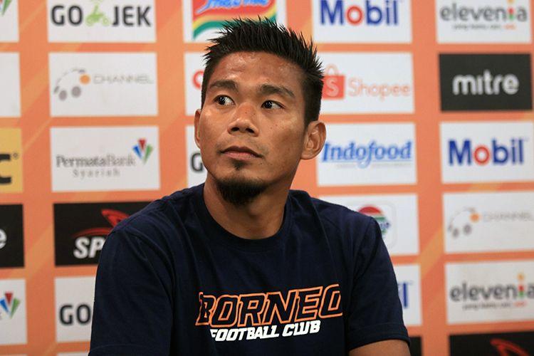 Pemain Borneo FC, Wildansyah, dalam konferensi pers sebelum laga melawan Persib Bandung.
