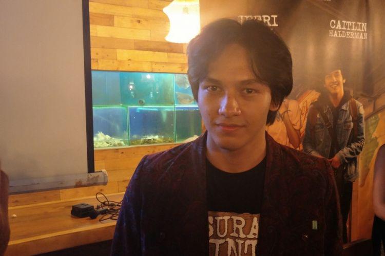 Jefri Nichol dalam peluncuran trailer film Surat Cinta untuk Starla di Summarecon Mall Serpong, Tangerang, Banten, Minggu (12/11/2017).