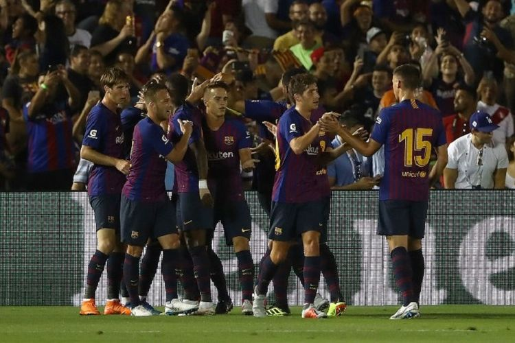 Para pemain Barcelona merayakan gol ke gawang Tottenham pada laga ICC 2018 di Stadion Rose Bowl, Pasadena, 28 Juli 2018.