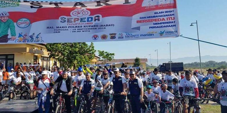 Ribuan pesepeda pada Sabtu (15/9/2018) memadati halaman kantor Kepolisian Resort (Polres) Kupang, Nusa Tenggara Timur untuk mengikuti gowes Sepeda Nusantara 2018 yang bertema Kupang Bangun Indonesia.