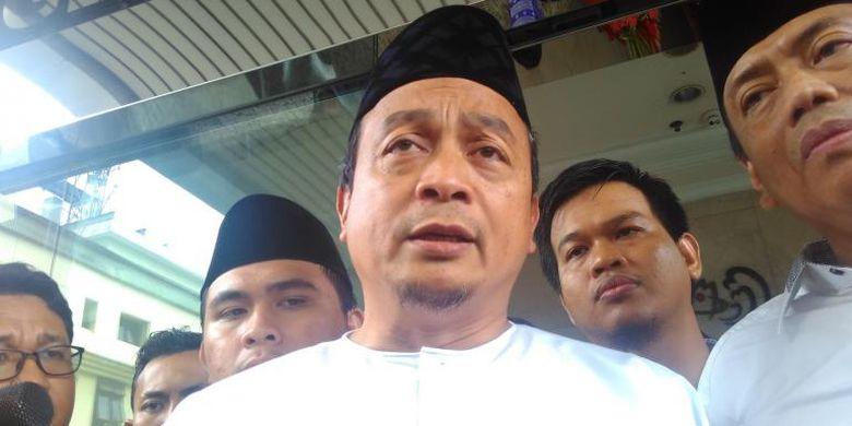 Ketua GNPF Bachtiar Nasir saat diperiksa di kantor Bareskrim Polri, Jakarta, Jumat (10/2/2017).