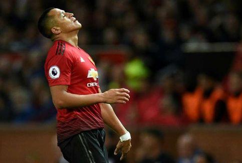 Evra Sebut Alexis Sanchez Bergabung Man United karena Uang