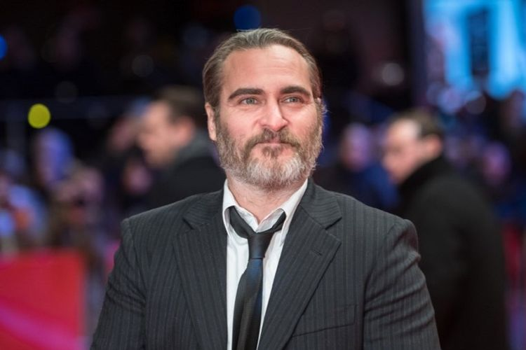 Aktor Joaquin Phoenix berpose di karpet merah pada pemutaran film Dont Worry, He Wont Get Far on Foot di Berlinale ke-68 di Berlin, Jerman, pada 20 Februari 2018.