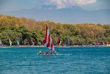 Pantai Pasir Putih Situbondo, bagai Kombinasi Bali dan Nusa Tenggara