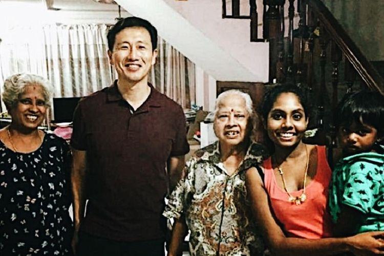 Dua kali dalam seminggu, Ong menjadwalkan kunjungan konstituen menuju ke Sembawang GRC.