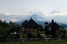 PVMBG Turunkan Status Gunung Agung Jadi Siaga