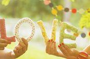 Mengapa Cinta 'Bertepuk Sebelah Tangan' Bikin Penasaran?
