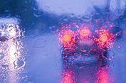 Perlambat Laju Kendaraan saat Hujan Deras