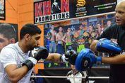 Setelah Dua Tahun, Amir Khan Kembali Naik Ring