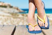 Berkendara dengan Sandal Jepit Lebih Berbahaya dari Pakai 'High Heels'