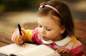 Seru, Ini 5 Tips Menulis Bersama Anak Saat Liburan