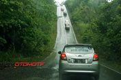 Jaga Mobil Tidak Melorot saat Libas Tanjakan Curam