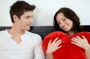 Mengenali Bahasa Cinta Pasangan