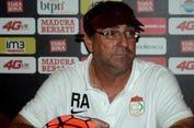 Robert Alberts Sebut Ada Skandal di Balik Keputusan Operator Liga 1