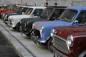 Puluhan Mini Cooper Klasik Serbu TMII Akhir Pekan Ini