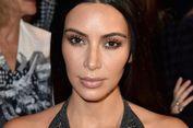 Kim Kardashian Belajar Kecantikan dan Perawatan Kulit dari Sang Ibu