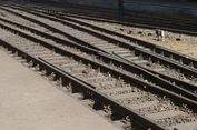 Sungai Meluap, Jalur Kereta Cirebon-Purwokerto Lumpuh Total