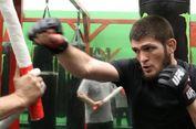 Pertahankan Sabuk Juara, Khabib Nurmagomedov Kalahkan Conor McGregor