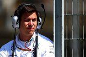 Bos Mercedes Sebut Hamilton Bisa Bergabung dengan Ferrari