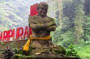 Menyambangi Air Terjun Madakaripura, Pertapaan Mahapatih Gadjah Mada